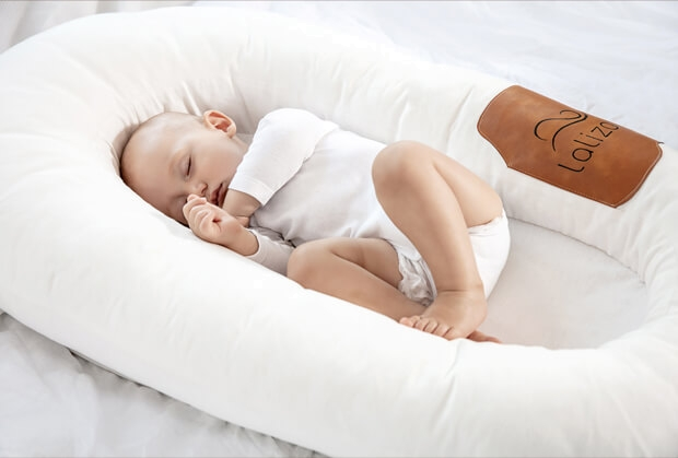 Lalizou Babynest white with Patch